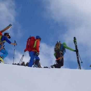 Skitour kurz vor dem Gipfel